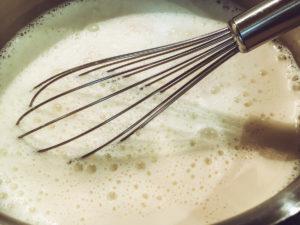 Sahne aufkochen
